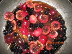 Cherry Blueberry Sauce plus fruit gfzing dot com