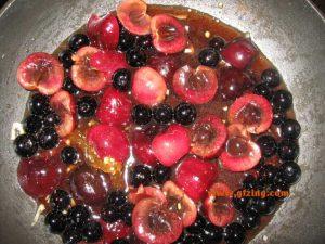 Cherry Blueberry Sauce plus fruit gfzing dot com